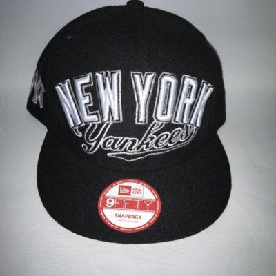 Gorra New Era Cap 9FIFTY SNAPBACK ajustable NEW YORK Yankees negra logo blanco