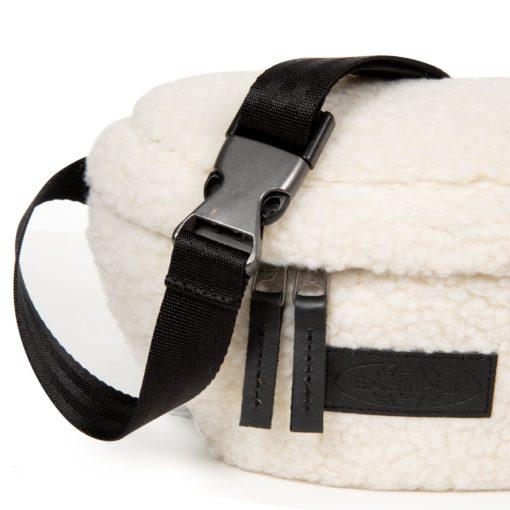 Riñonera Eastpal Springer EK07498X Shear Beige borreguito blanca beig
