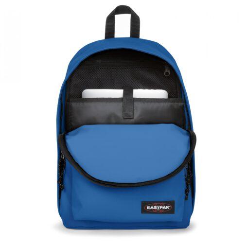 MOCHILA EASTPAK Out Of Office 27 litros con bolsillo ordenador EK76785Z Mediterranean Blue azul eléctrico