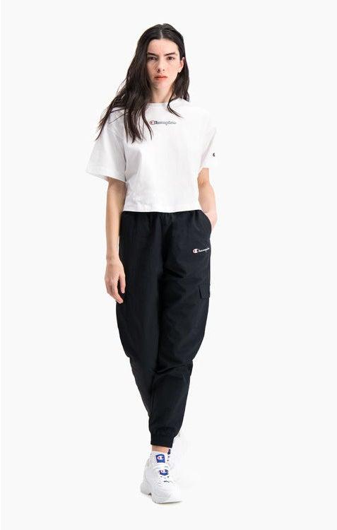 Camiseta manga corta CHAMPION chica SCRIPT LOGO CROPPED BOXY T-SHIRT Ref. 112652 Blanca logo pequeño brillante