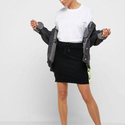 Falda Grimey chica Steamy blacktop GGMS104 SS19 Negra con bandas logo color lima