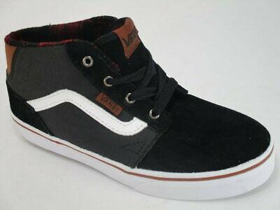 Zapatillas media caña VANS Skate Vans Chapman Mid Mod. VN0A2XSSK75 Negra con banda negra