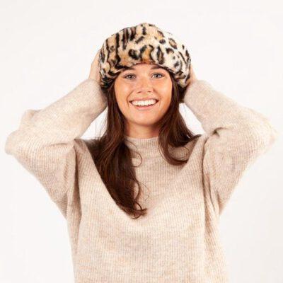 Gorro-Sombrero Barts CHERRYBUSH HAT pelo suave sintético ajustable para mujer Ref. 4473009 estampado de leopardo