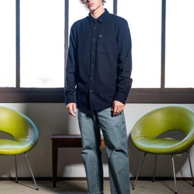 Camisa VOLCOM de Manga larga Hombre CADEN SOLID - NAVY Ref. A0532004 Azul lisa básica