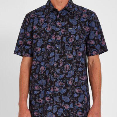 Camisa VOLCOM Manga Corta para Hombre llamativa HONOROMA - BLACK Ref. A0412106 Negra multicolor Colección