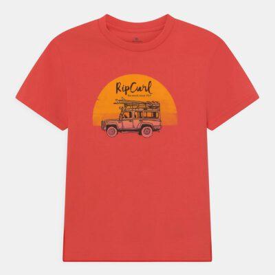 Camiseta RIP CURL Niño manga corta surfera Truckito Boy Cayenne Ref. KTEYD4 roja furgoneta Surf