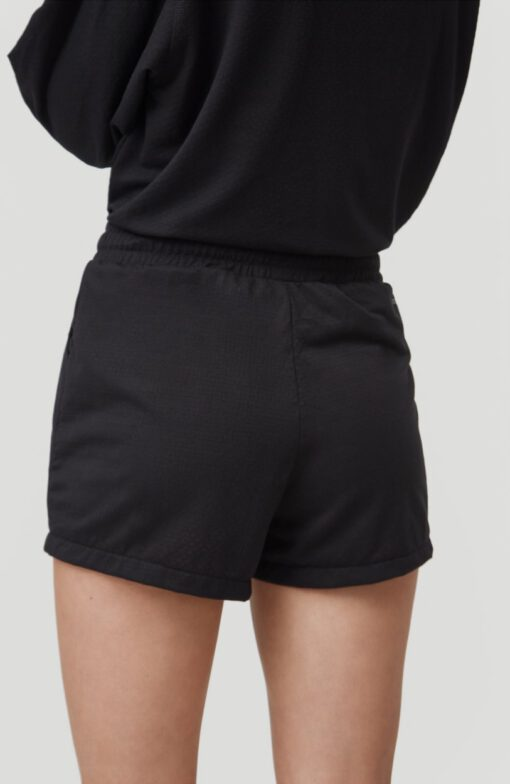 Pantalón corto O'NEILL práctico y cómodo para Mujer FOUNDATION JERSEY SHORTS Black out Ref. 1A7520 negro