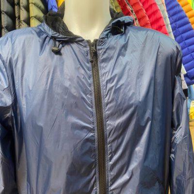 Chaqueta chubasquero Jott Hombre MARS BASIC 9906/140 Bleu jeans Justoverthetop azul tejano