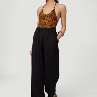 Pantalón fluido O'NEILL práctico y cómodo pierna ancha para Mujer ESSENTIALS WIDE LEG PANTS Black Out Ref. 1A7766 negro