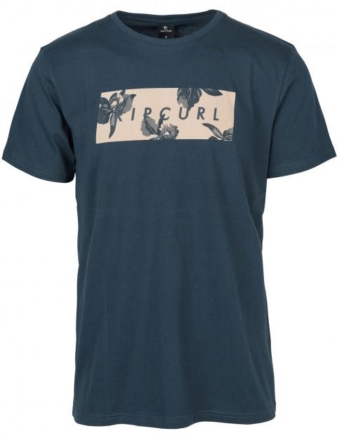 Camiseta RIP CURL hombre manga corta surfera Undertone Yard SS TEE Midnight navy Ref. CTEFK5 azul flores pecho
