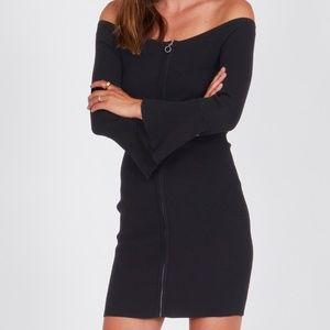 Vestido AMUSE SOCIETY corto canalé para mujer CIEN ROSAS DRESS-BLACK Ref. AD12KCIE negro cremallera