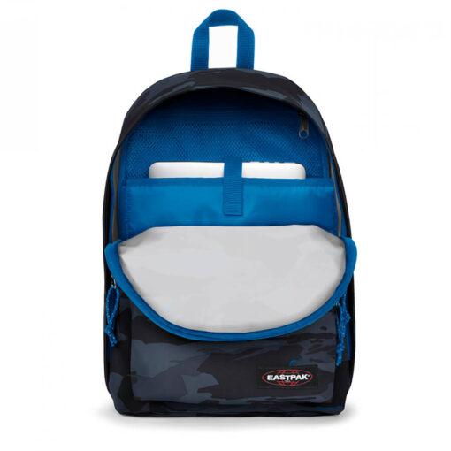 MOCHILA EASTPAK Out Of Office 27 litros con bolsillo ordenador EK767K84 + Outline Mysty camuflaje negra/azul